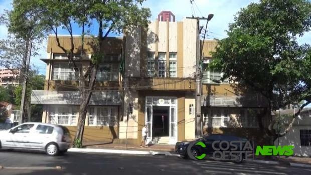 Prefeitura de Foz do Iguaçu volta a funcionar em horário especial