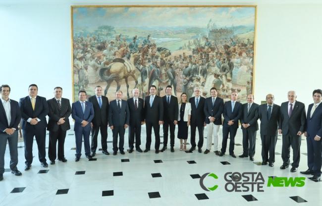 Governador Ratinho Junior formaliza reforma administrativa, com corte de secretarias