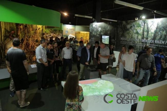 Exposição Itaipu Natureza tem desconto para moradores lindeiros
