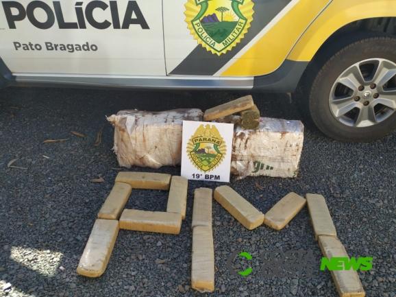 Polícia Militar de Pato Bragado apreende maconha na linha KM 13