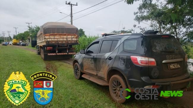 BPFRON apreende caminhão carregado com cigarros contrabandeados em Diamante do Oeste (vídeo)