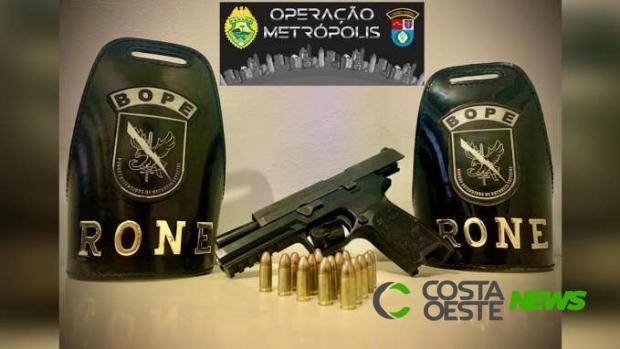 Homem é preso pelo BOPE portando pistola 9mm em Pato Bragado