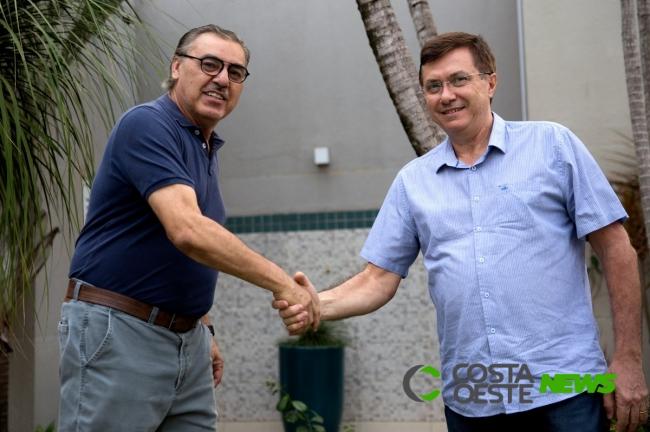 Candidato a prefeito Dr. Tomas é o terceiro entrevistado pela Rádio Independência neste sábado, 24