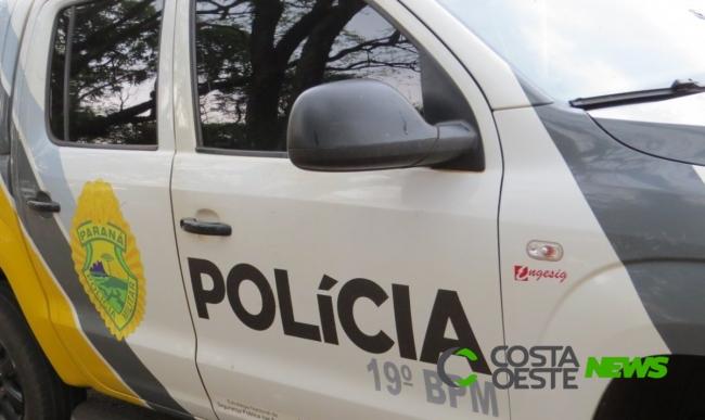Homem tenta colidir caminhão em veículo ocupado pela mulher e filha entre Santa Helena e São José