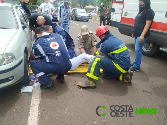 Colisão envolvendo motonetas deixa mulheres feridas em Santa Helena; uma teve fratura exposta