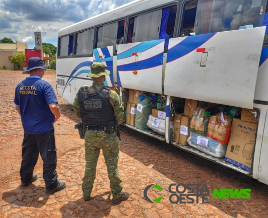 BPFron e Receita Federal apreendem ônibus com contrabando em Medianeira