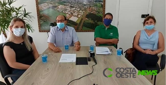 Novas restrições visando controle da Covid-19 em São Miguel são explicadas em coletiva de imprensa