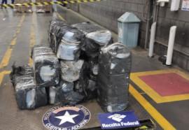 Receita Federal apreende 339 kg de cocaína no Porto de Paranaguá - Fotos: Assessoria RFB