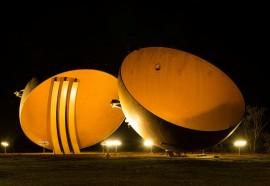 Calotas iluminadas no ano passada, em alusão ao Setembro Amarelo. Foto: Rubens Fraulini/Itaipu Binacional