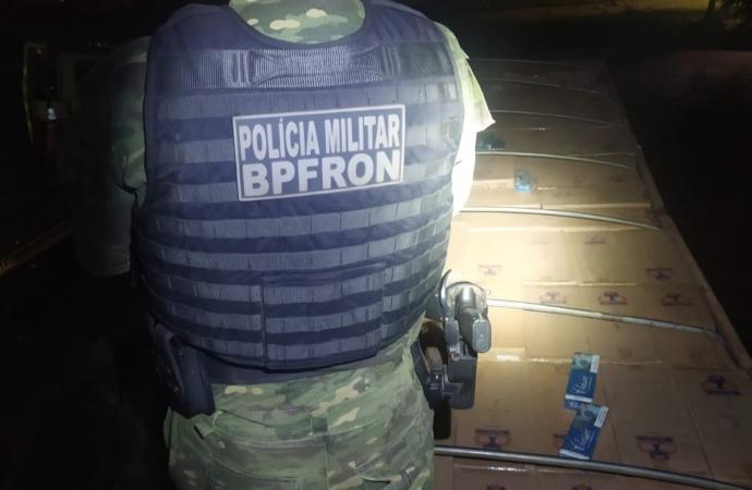 Após perseguição de 500km, BPFron apreende caminhão carregado de cigarros