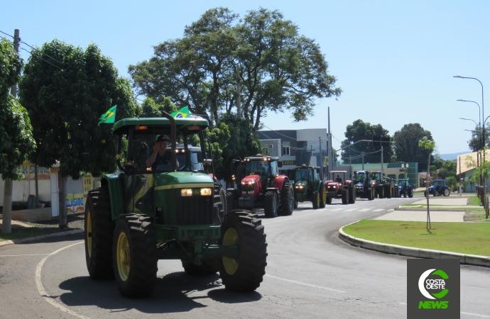 Mobilização em apoio ao governo Bolsonaro é realizado em Santa Helena