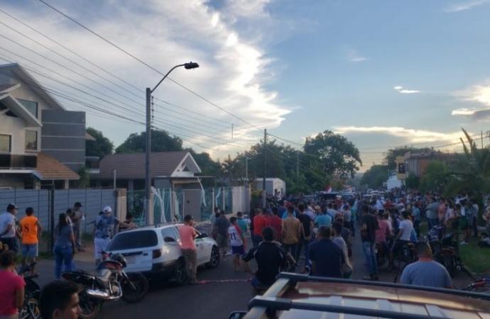 Brasileira proíbe funcionários de falar guarani e é alvo de protesto no Paraguai