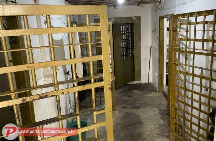 Cadeia na Delegacia de São Miguel é definitivamente fechada após transferência de presos