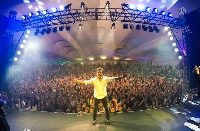 Cantor Daniel será uma das estrelas do Natal de Águas e Luzes de Foz do Iguaçu