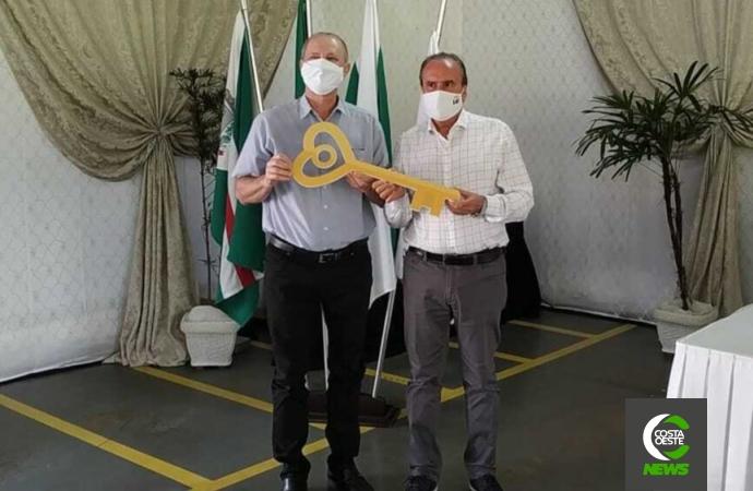 Cerimônia oficializa intercooperação entre Lar e Copagril