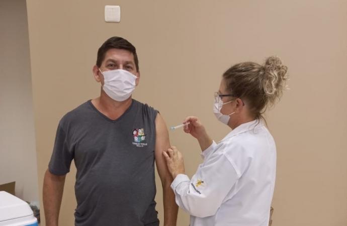 Conselheiros tutelares de Missal recebem a 1ª dose da Vacina contra a Covid-19
