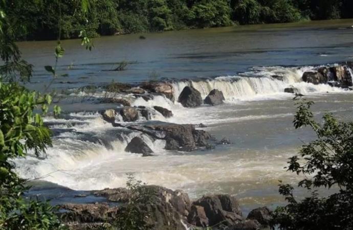 Embarcação com nove familiares vira e seis pessoas seguem desaparecidas no Rio Ivaí