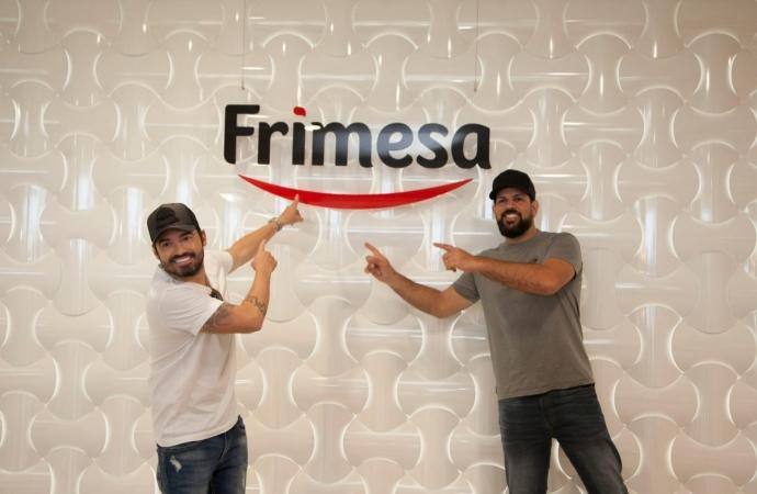 Fernando e Sorocaba visitam a Frimesa