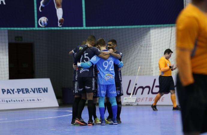 Foz Cataratas Poker Futsal goleia novamente o Pato pela Liga Nacional