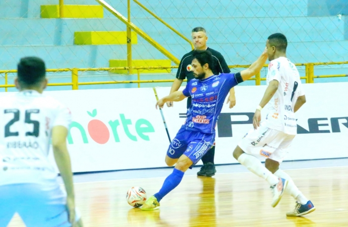 Foz Cataratas recebe o Laranjeiras Futsal nesta sexta