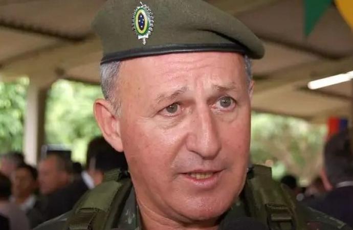 General João Francisco Ferreira vai assumir a Itaipu