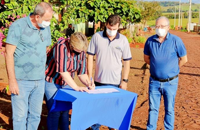 Gestão assina Ordem de Serviço para construção de galerias pluviais em loteamento na Linha Jacutinga em Itaipulândia