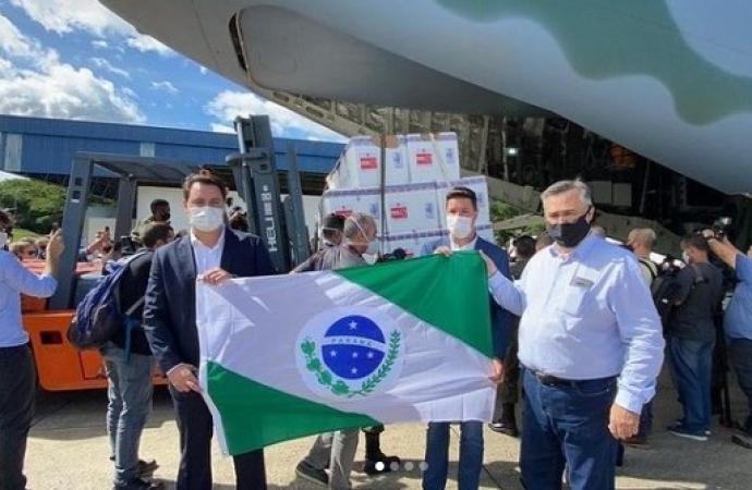 Governador do Paraná se antecipa e busca doses em SP; vacina da CoronaVac chega em breve