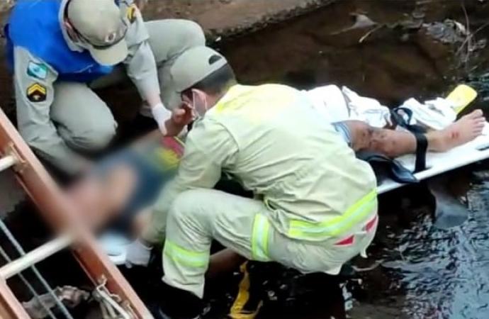 Homem fica ferido ao cair com bicicleta em rio em Medianeira