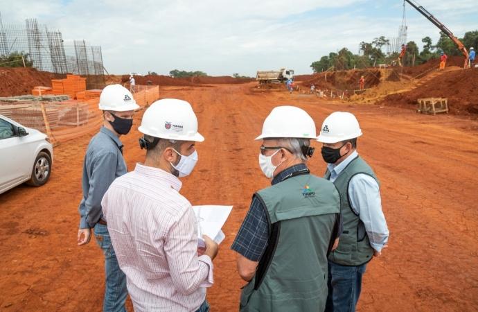 Investimento em obras estruturantes é a contribuição da Itaipu para o desenvolvimento do País, diz general Ferreira