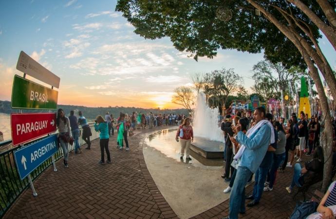 Marco das Três Fronteiras recebeu 8 mil visitantes no feriadão da padroeira