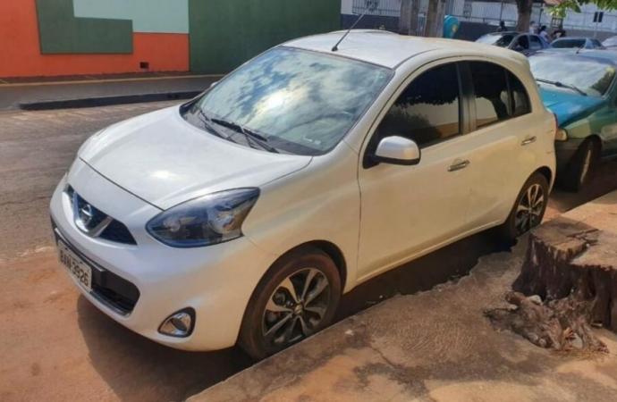 Marido presenteia a mulher com um carro roubado no Paraná