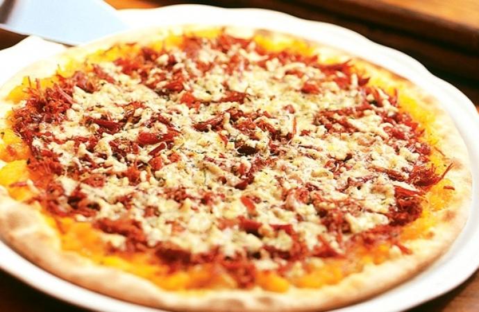 Massa de pizza fácil