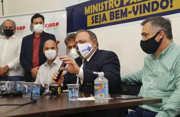 Ministro da Saúde destaca a compra de 138 milhões de doses da vacina contra Covid-19