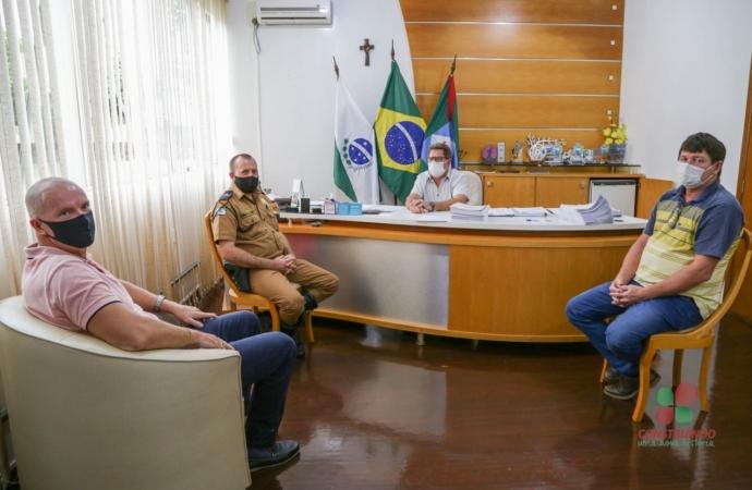 Missal: Comandante da Polícia Rodoviária Estadual visita o Prefeito Adilto Ferrari
