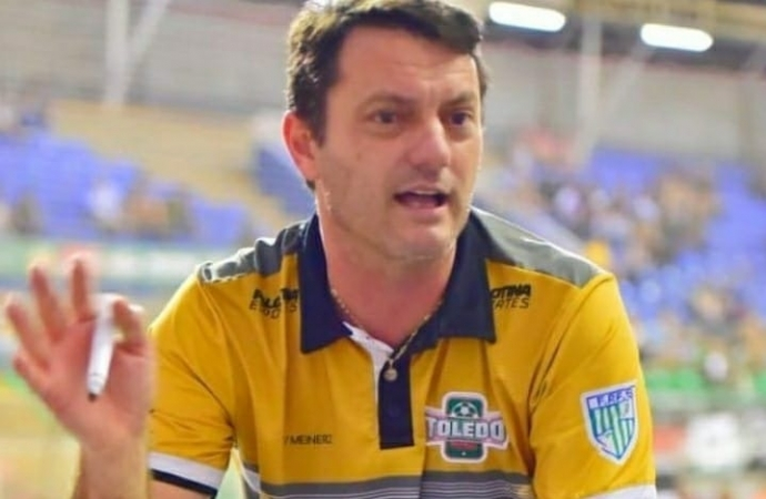 Moresco, técnico do Toledense, sobre duelo contra Santa Helena: