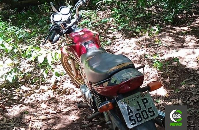 Motocicleta furtada em São José das Palmeiras é localizada pela PM em Santa Helena