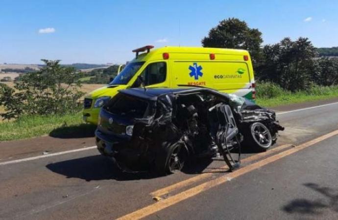 Nove pessoas ficam feridas em gravíssimo acidente na BR 277 em Céu Azul