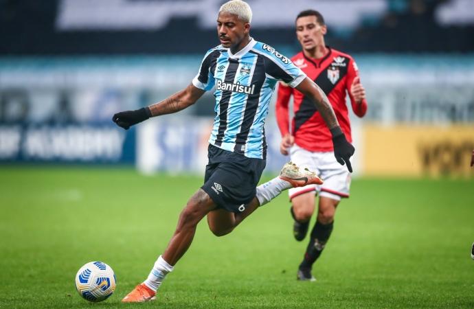 Ouça o gol: Grêmio perde para o Atlético-GO e segue na lanterna do Brasileirão