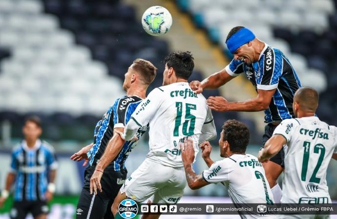 Ouça o gol: Grêmio perde para o Palmeiras com um a mais em campo e abre final em desvantagem
