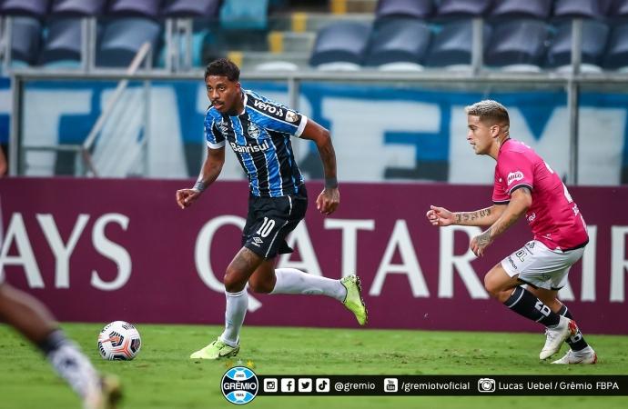 Ouça os gols: Grêmio desperdiça chances, volta a ser dominado e é eliminado na Libertadores