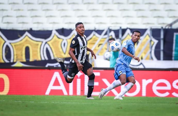 Ouça os gols: Grêmio leva gol no fim e estreia com derrota no Brasileirão