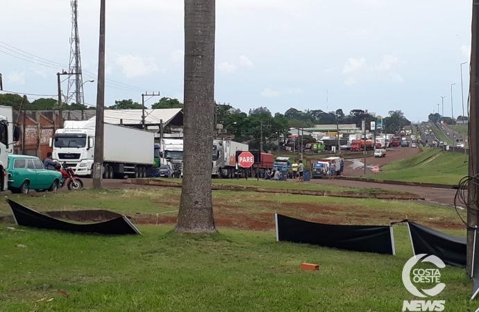 Paralisação de caminhoneiros já provoca falta de gasolina em Medianeira
