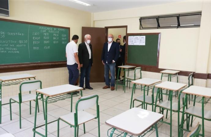 Paraná é exemplo de prevenção na aplicação da prova do Enem, diz ministro da Educação