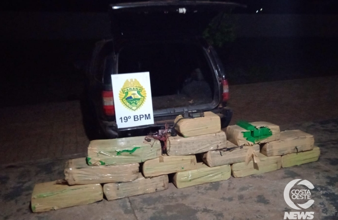 Polícia apreende drogas, arma, veículos e detém duas pessoas em Santa Helena