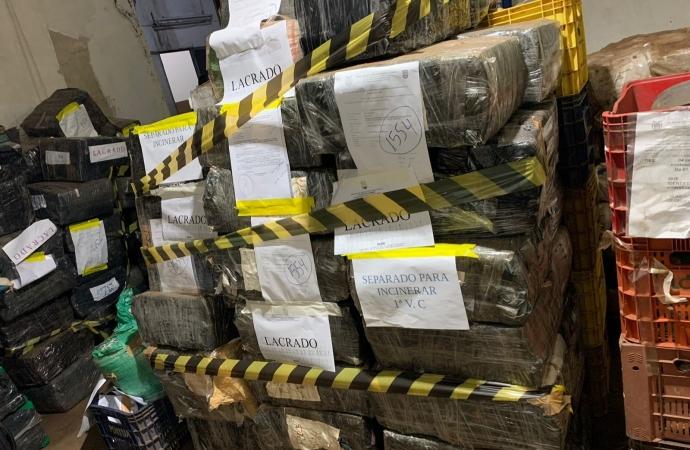 Polícia Civil realiza incineração de mais de 4 toneladas de drogas