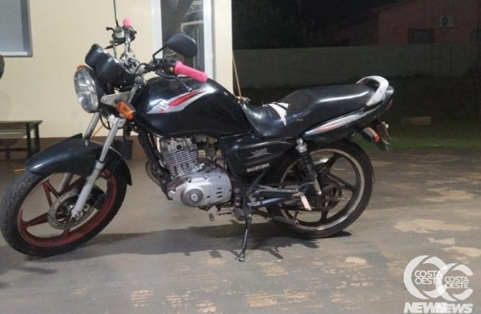 Polícia Militar de Santa Helena apreende motocicleta com débitos