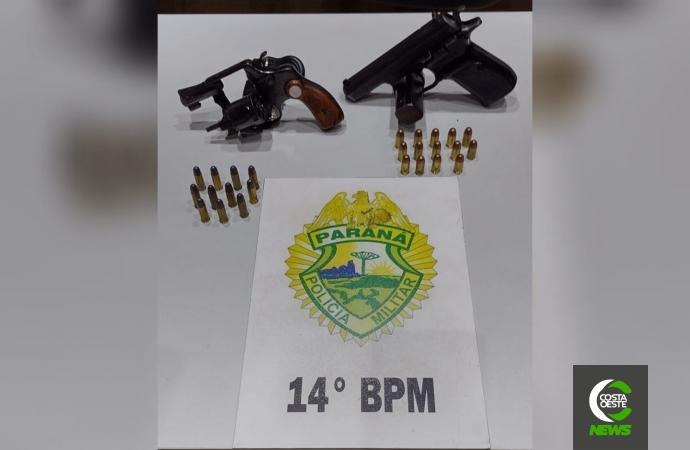 Polícia Militar prende duas pessoas e apreende armas em Medianeira