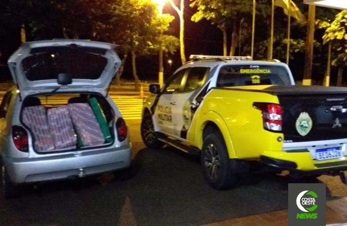 PRE de Santa Helena prende casal em veículo com cerca de 138 quilos de maconha em Diamante do Oeste