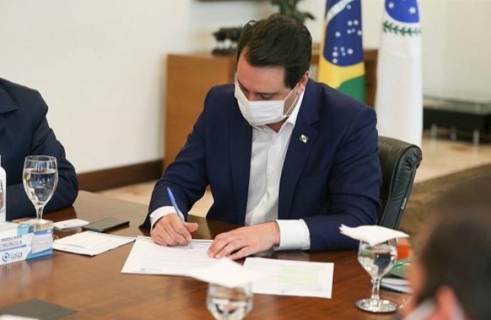 Ratinho Junior critica Bolsonaro em carta conjunta com outros 18 governadores