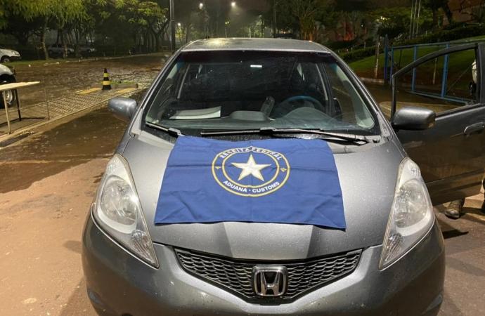 Receita Federal retém três veículos e cerca de 185 celulares na BR-277, próximo a São Miguel do Iguaçu